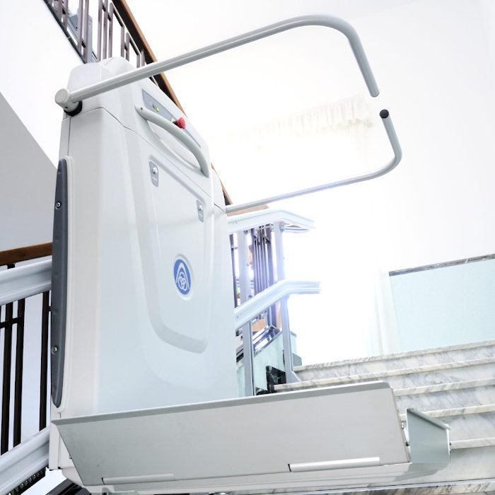supra-inclined-platform lift